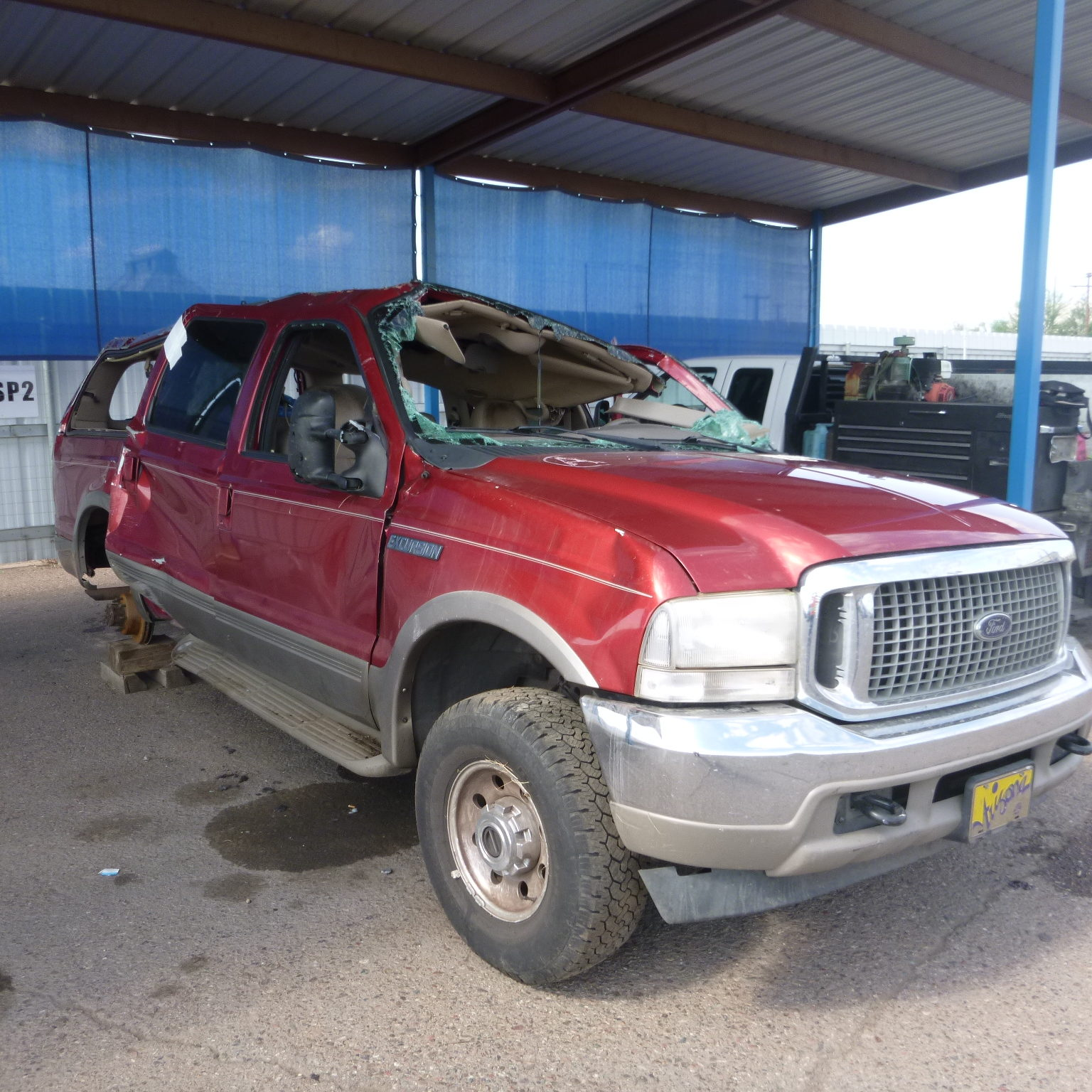 Ford Excursion involved in rollover accident from a tire failure